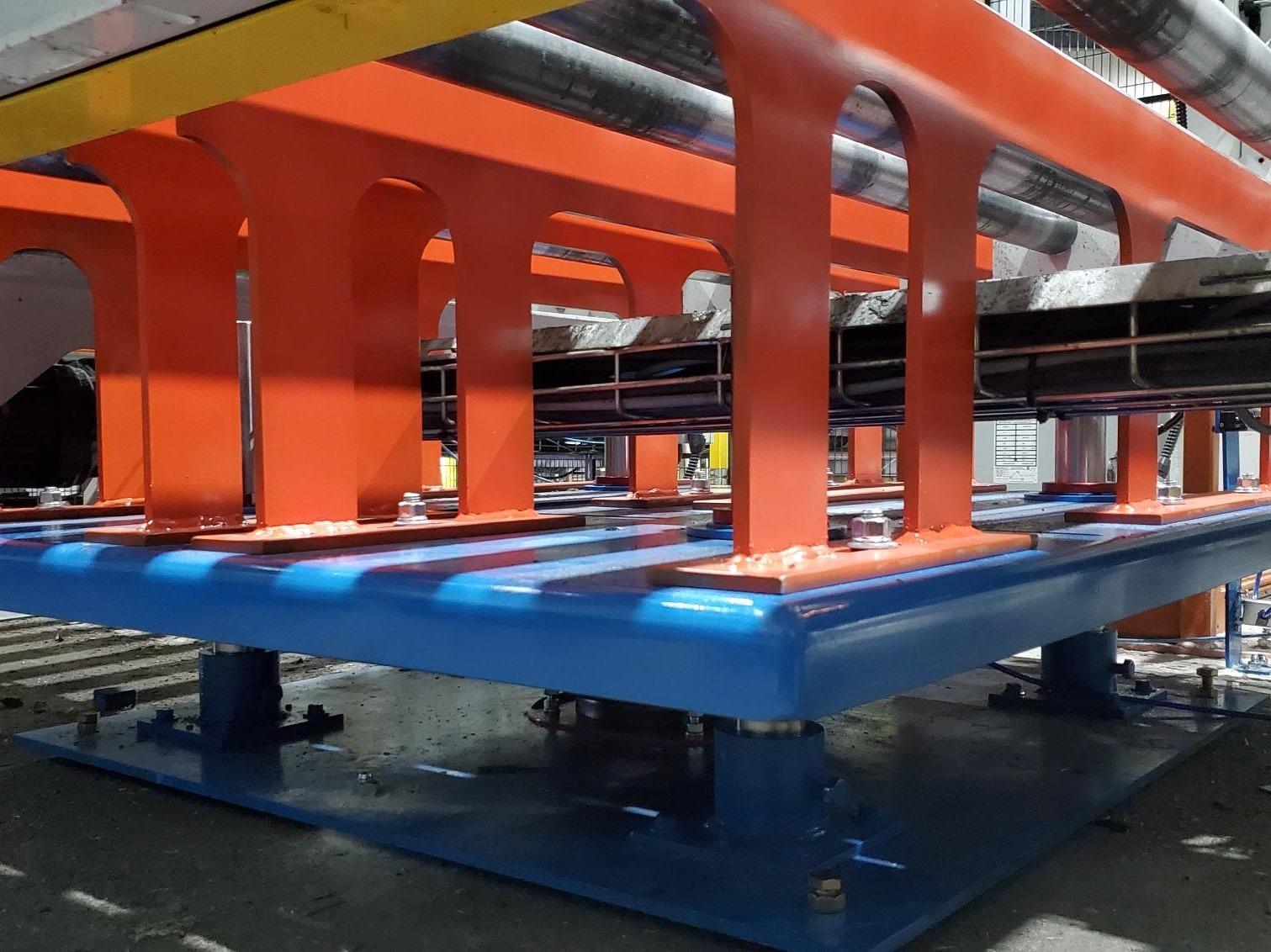 Custom-Engineering-Lift-Table-PACKPRO