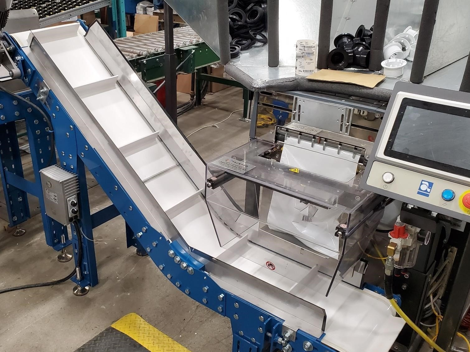 Take-Away-Conveyor-for-Automated-Bagging-System-PACKPRO